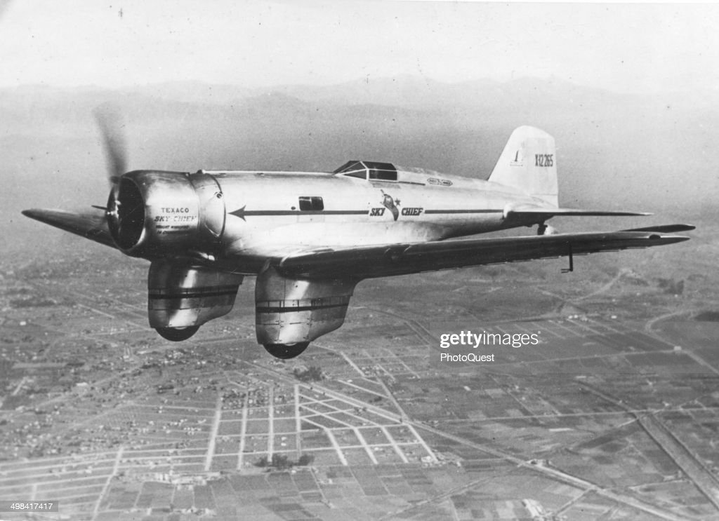 The 'Sky Chief' In Flight : News Photo