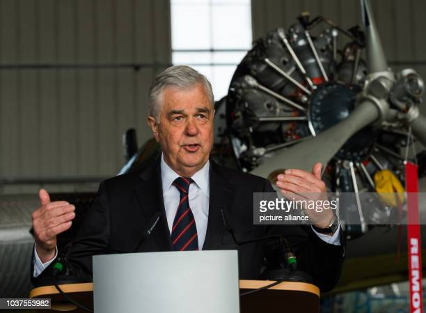 Frank Horch transport senator in Hamburg gives a talk in front of a historic Junkers Ju 52 aircraft in a hangar in Hamburg Germany 6 April 2017 The...