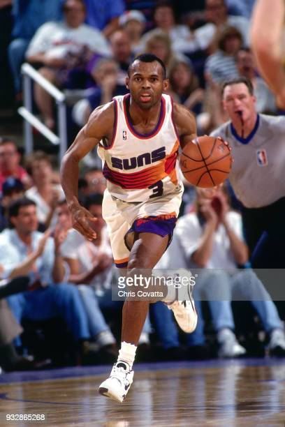 Frank Johnson of the Phoenix Suns dribbles on April 19 1994 at America West Arena in Phoenix Arizona NOTE TO USER User expressly acknowledges and...