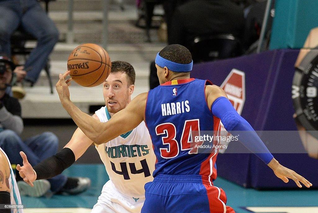 Detroit Pistons vs Charlotte Hornets : News Photo