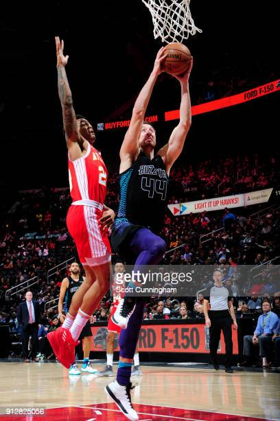 Frank Kaminsky of the Charlotte Hornets shoots the ball during the game against the Atlanta Hawks on January 31 2018 at Philips Arena in Atlanta...