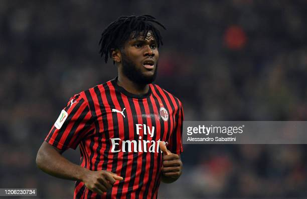 Frank Kessie of AC Milan looks on during the Coppa Italia Semi Final match between AC Milan and Juventus at Stadio Giuseppe Meazza on February 13...