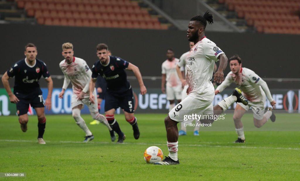 AC Milan v Crvena Zvezda  - UEFA Europa League Round Of 32 Leg Two : News Photo