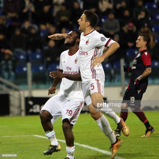 Frank Kessie of Milan celebrates his goal 11 during the serie A match between Cagliari Calcio and AC Milan at Stadio Sant'Elia on January 21 2018 in...
