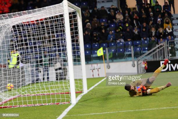 Frank Kessie of Milan scores his goal 11 during the serie A match between Cagliari Calcio and AC Milan at Stadio Sant'Elia on January 21 2018 in...