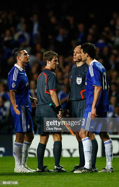 Frank Lampard and Michael Ballack of Chelsea argues with referee Tom Henning Ovrebo during the UEFA Champions League Semi Final Second Leg match...