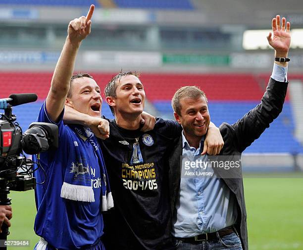 Frank Lampard John Terry and Chairman Roman Abramovich of Chelsea celebrate winning the Premiership after victory over Bolton Wanderers in the...