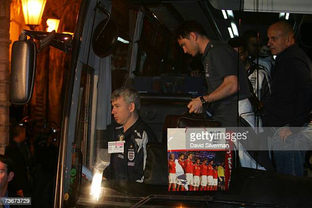 Frank Lampard leaves the Team bus on arrival at their hotel on March 22 2007 in Herzliya near Tel Aviv Israel England faces Israel in a European Cup...