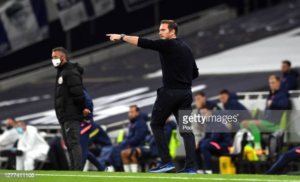 Frank Lampard Manager of Chelsea gives his team instructions during the Carabao Cup fourth round match between Tottenham Hotspur and Chelsea at...