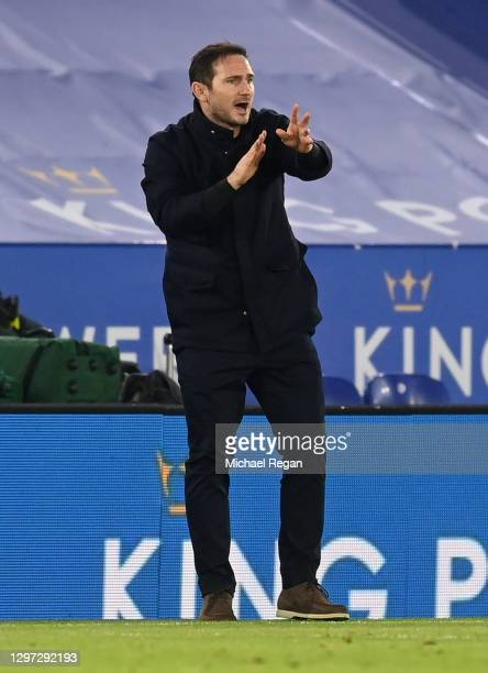 Frank Lampard, Manager of Chelsea gives instructions to their side during the Premier League match between Leicester City and Chelsea at The King...