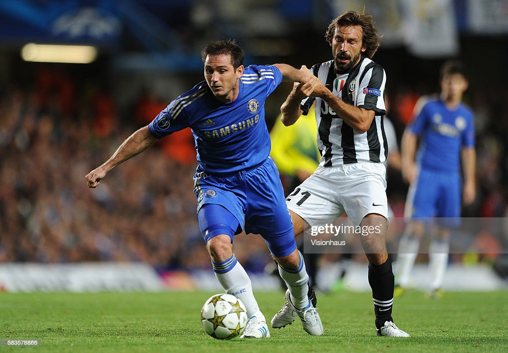 Soccer - UEFA Champions League - Chelsea v Juventus : News Photo