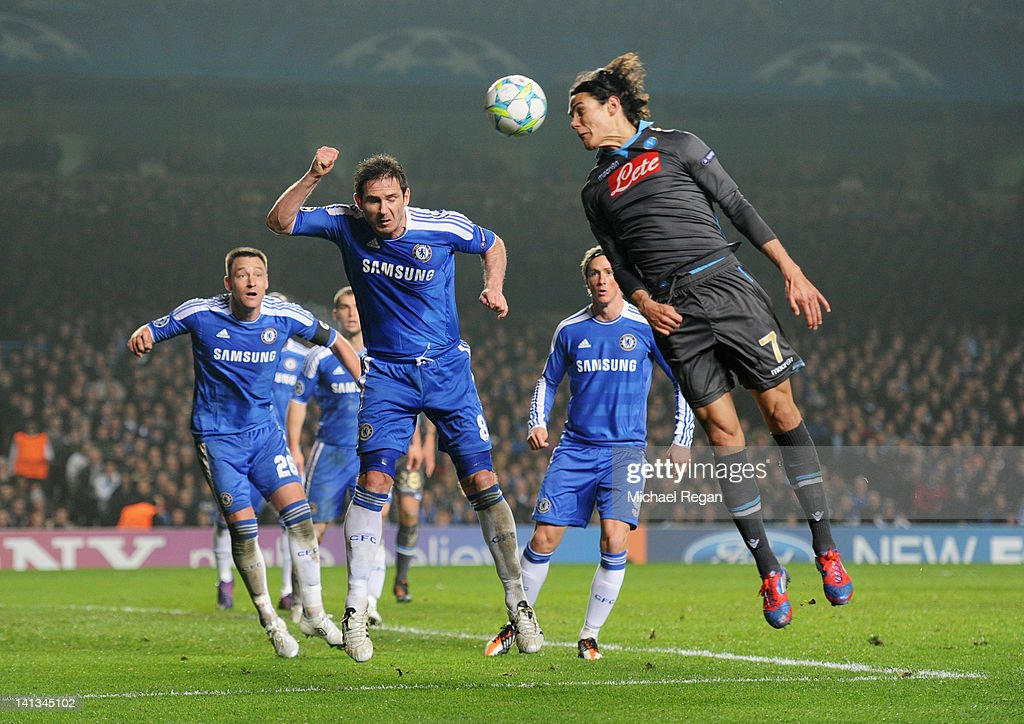 Chelsea FC v SSC Napoli - UEFA Champions League Round of 16 : News Photo