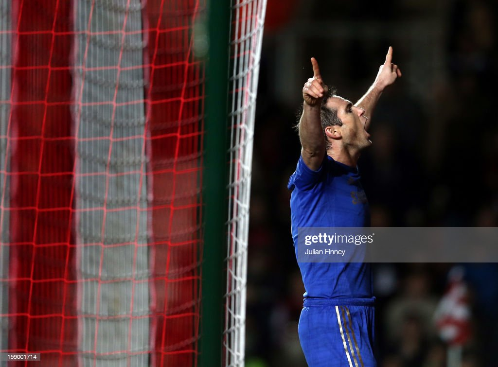Frank Lampard of Chelsea celebrates scoring from the penalty spot and makes it 5-1 to Chelsea during the FA Cup Third Round match between Southampton and Chelsea at St Mary's Stadium on January 5, 2013 in Southampton, England.
