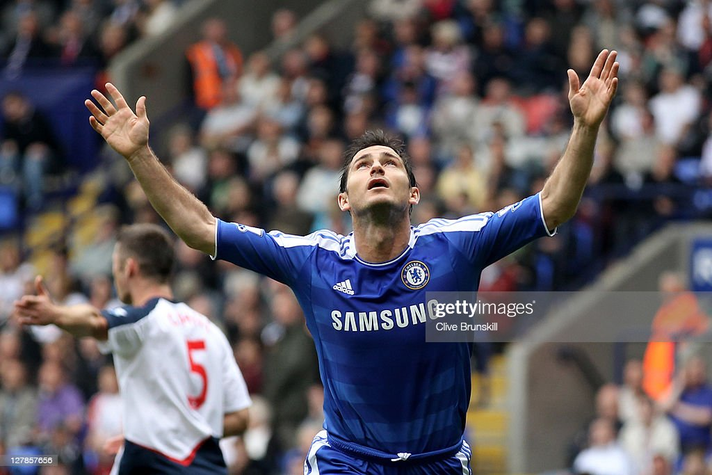 Frank Lampard of Chelsea celebrates scoring his team's second goal during the Barclays Premier League match between Bolton Wanderers and Chelsea at the Reebok Stadium on October 2, 2011 in Bolton, England.