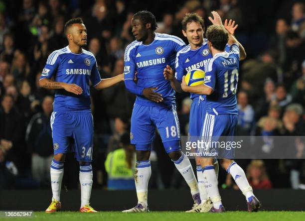 Frank Lampard of Chelsea celebrates scoring their foueth goal with Juan Mata Romelu Lukaku and Ryan Bertrand during the Budweiser sponsored FA Cup...