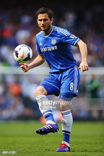 Frank Lampard of Chelsea controls the ball during the Barclays Premier League match between Chelsea and Norwich City at Stamford Bridge on May 4 2014...