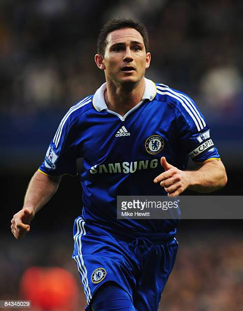 Frank Lampard of Chelsea in action during the Barclays Premier League match between Chelsea and Stoke City at Stamford Bridge on January 17 2009 in...