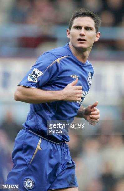 Frank Lampard of Chelsea in action during the Barclays Premiership match between West Ham United and Chelsea at Upton Park on January 2 2006 in...