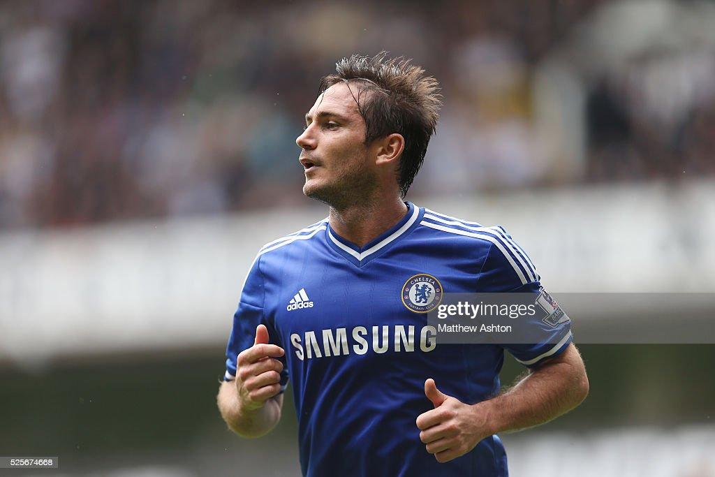 Soccer : Barclays Premier League - Tottenham Hotspur v Chelsea : News Photo