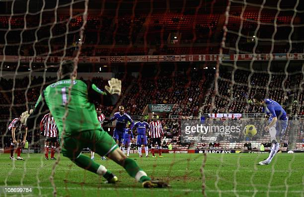 Frank Lampard of Chelsea scores a penalty kick past Craig Gordon of Sunderland during the Barclays Premier League match between Sunderland and...