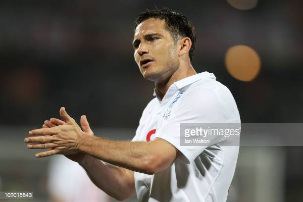 Frank Lampard of England claps his hands during the 2010 FIFA World Cup South Africa Group C match between England and USA at the Royal Bafokeng...