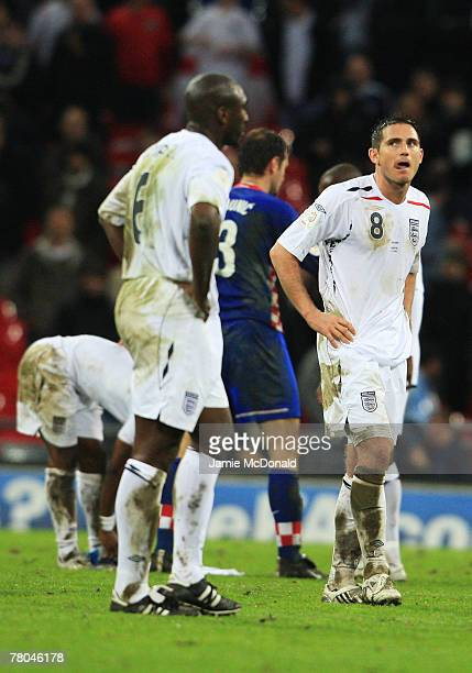 Frank Lampard of England looks dejected during the Euro 2008 Group E qualifying match between England and Croatia at Wembley Stadium on November 21...
