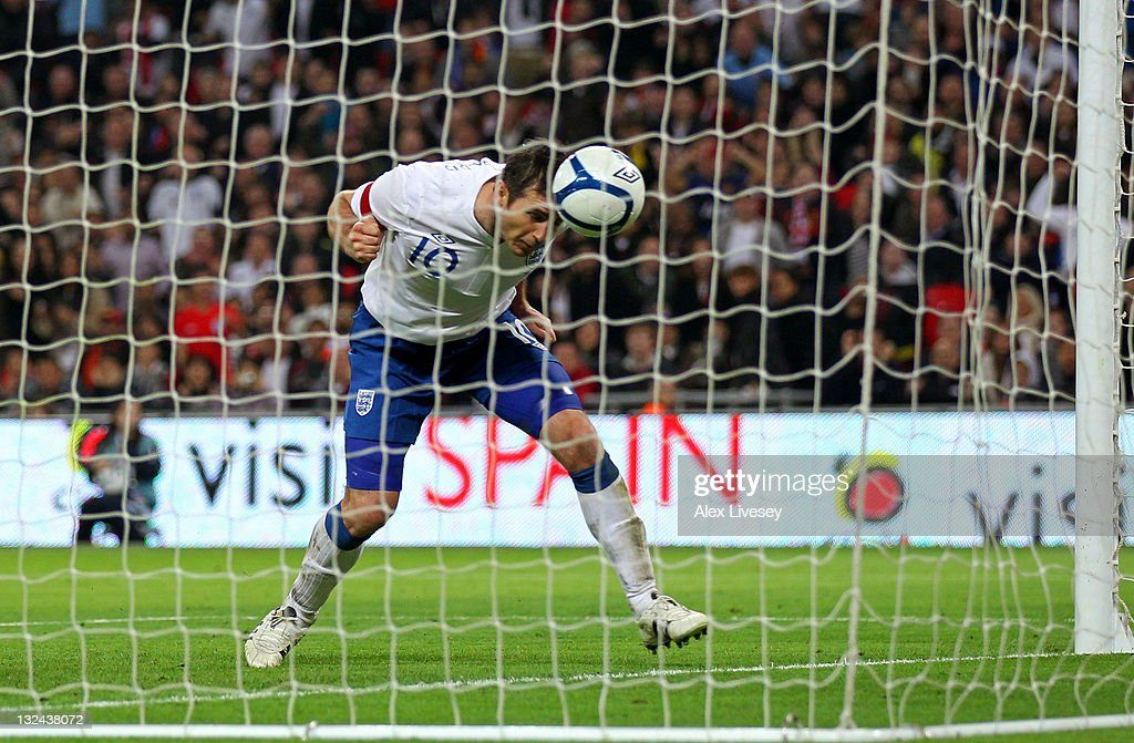 Frank Lampard of England scores their first goal with a header during the international friendly match between England and Spain at Wembley Stadium on November 12, 2011 in London, England.