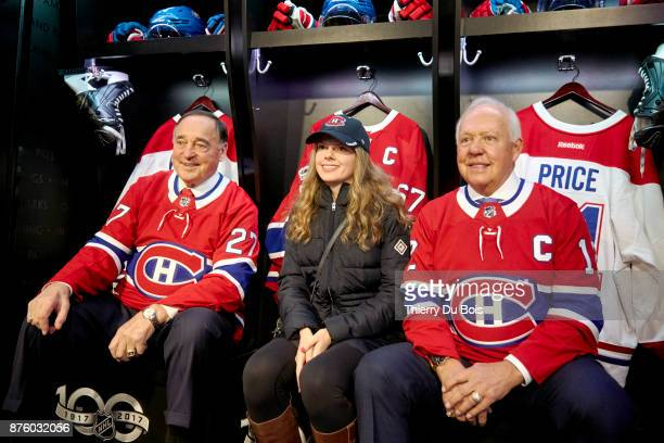 Frank Mahovlich and Yvan Cournoyer pose with a fan during the NHL Centennial 100 Celebration on November 18 2017 at the Bell Centre in Montreal...
