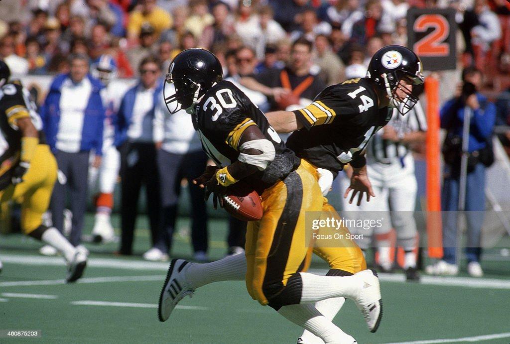 Dever Broncos v Pittsburgh Steelers : News Photo