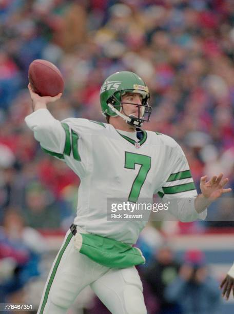 Frank Reich Quarterback for the New York Jets throws the ball during the American Football Conference East game against the Buffalo Bills on 24...