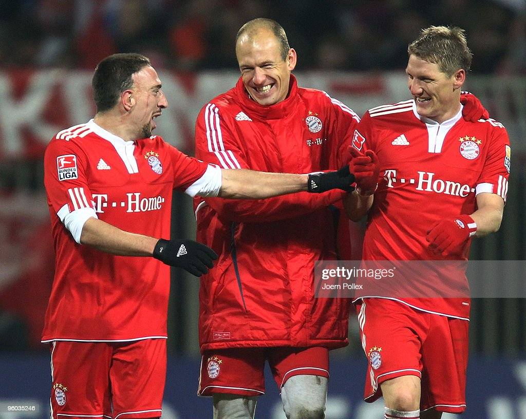 Frank Ribery, Arjen Robben and Bastian Schweinsteiger of Bayern are joking after the Bundesliga match between Werder Bremen and FC Bayern Muenchen at Weser Stadium on January 23, 2010 in Bremen, Germany.