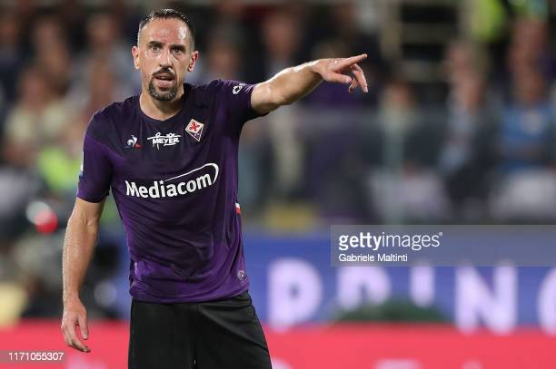 Frank Ribery of ACF Fiorentina gestures during the Serie A match between ACF Fiorentina and UC Sampdoria at Stadio Artemio Franchi on September 25,...