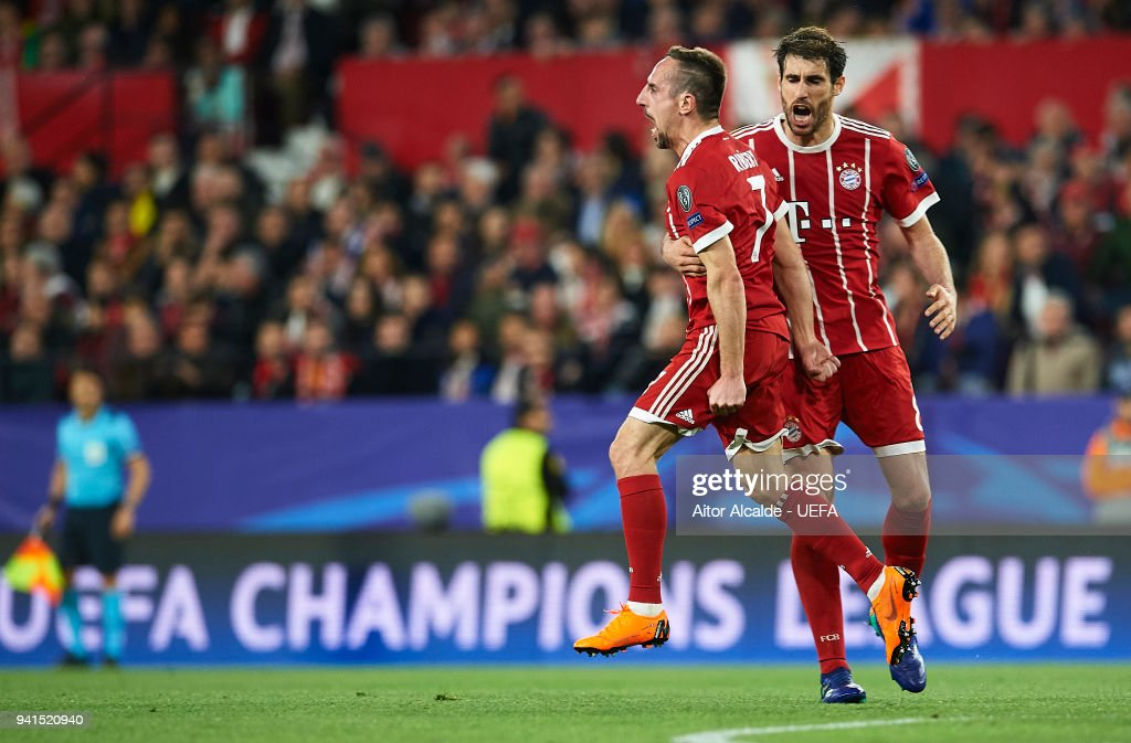 Frank Ribery of Bayern Muenchen celebrates after scoring during the UEFA Champions League Quarter Final Leg One between Sevilla FC and Bayern Muenchen at Estadio Ramon Sanchez Pizjuan on April 3, 2018 in Seville, Spain.