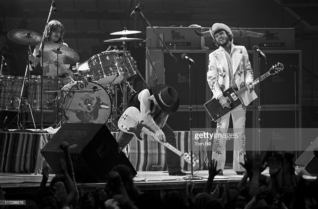 frank rube beard dusty hill and billy gibbons of zz top news photo getty images. Black Bedroom Furniture Sets. Home Design Ideas
