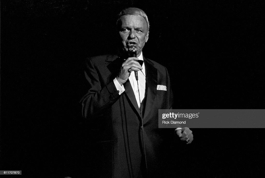 Sammy Davis, Jr. And Frank Sinatra Host Atlanta Missing and Murdered Child Benefit : News Photo