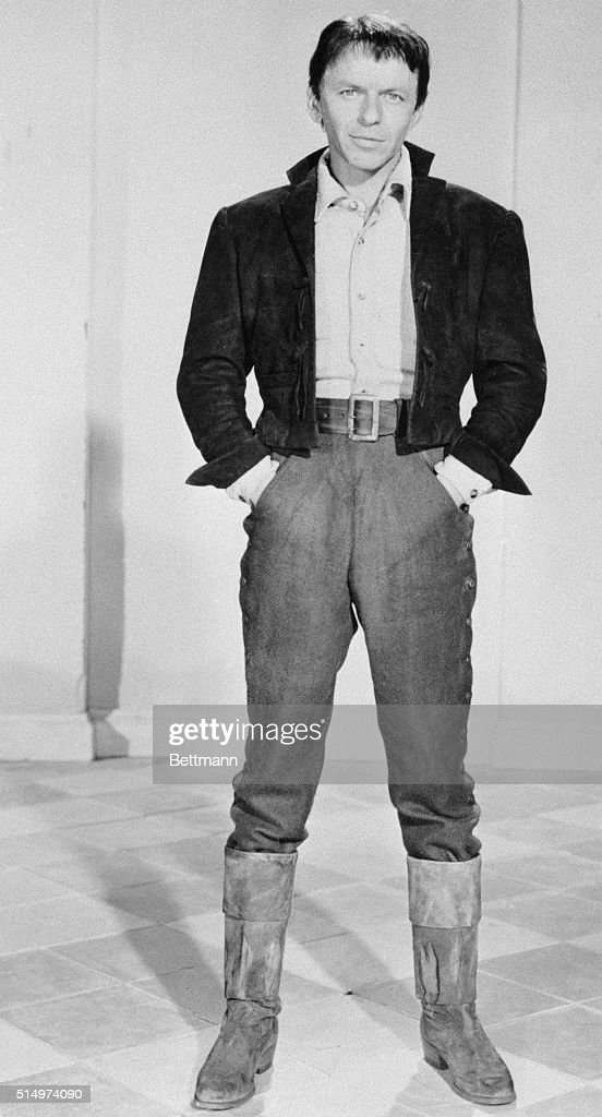 Frank Sinatra poses in the costume he will wear in the new film u0027The Pride  sc 1 st  Getty Images & Frank Sinatra Pictures | Getty Images