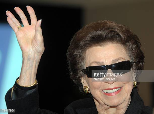 Frank Sinatra's first wife Nancy Barbato waves to the crowd after the unveiling ceremony of the new United States Postal Service stamp in tribute to...