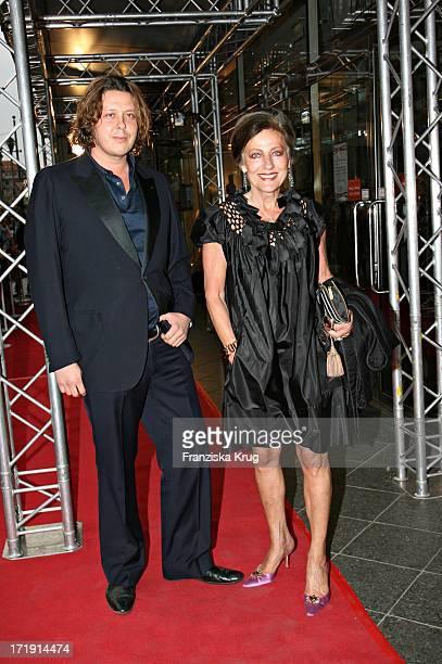 Frank Stüve Und Angelica Blechschmidt Bei Der Geburtstagsgala 'Diner De La Mode In Den Galeries Lafayette In Berlin