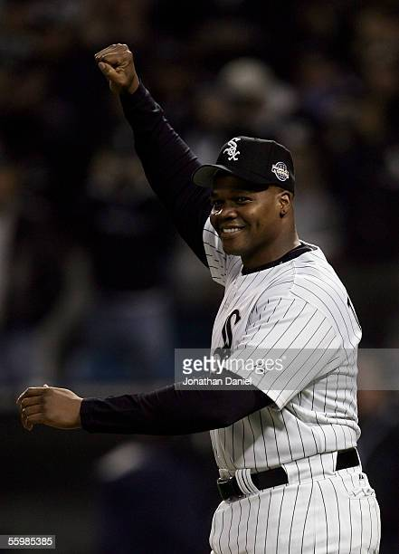 Frank Thomas of the Chicago White Sox acknowledges the crowd before the Chicago White Sox take on the Houston Astros during Game One of the 2005...