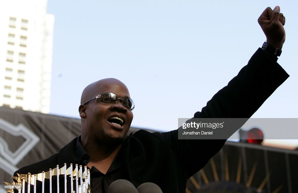 Frank Thomas of the Chicago White Sox speaks to the crowd at the White Sox victory parade and rally on October 28, 2005 in Chicago, Illinois. The Chicago White Sox won their first World Series in 88 years after beating the Houston Astros in a four-game sweep.