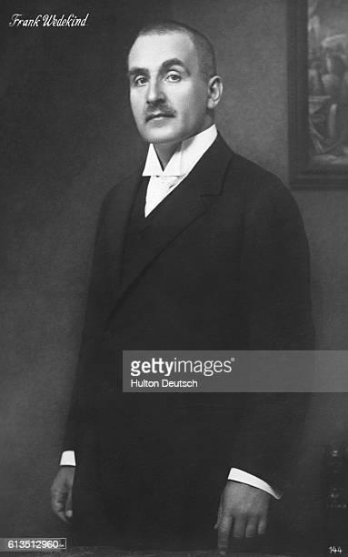 frank wedekinds lulu an analysis Lulu, opera af alban berg, påbegyndt 1929  frank wedekinds dramatiske forlæg har også været udgangspunkt for en tysk stumfilmklassiker,.