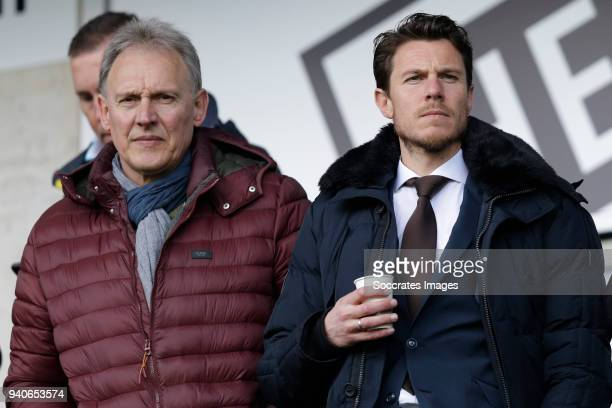 Frank Wormuth Mark Jan Fledderus manager Heracles during the Dutch Eredivisie match between Heracles Almelo v SC Heerenveen at the Polman Stadium on...