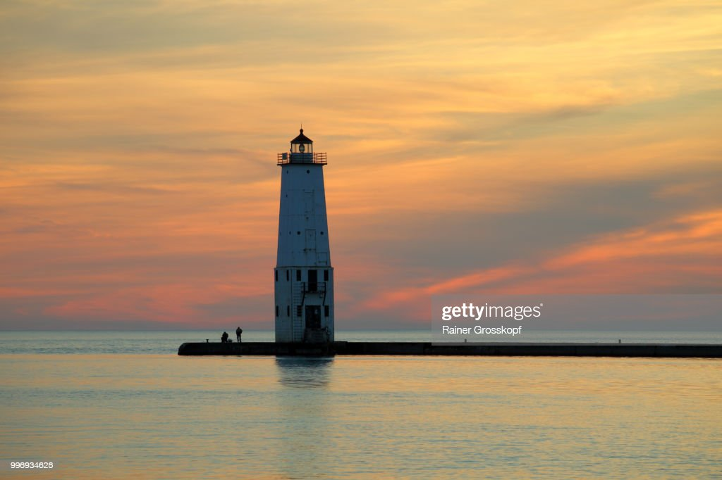 Frankfort Lighthouse (1912) at sunset : Stock-Foto