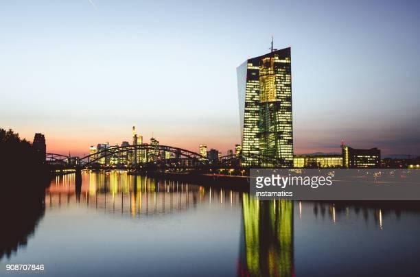 Frankfurt Am Main nach Sonnenuntergang
