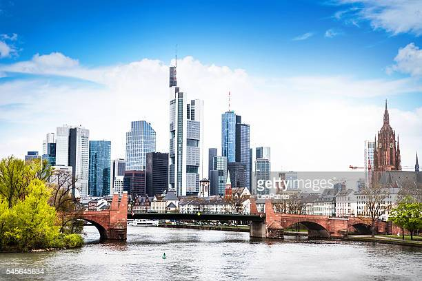 frankfurt am main skyline - frankfurt main stock pictures, royalty-free photos & images