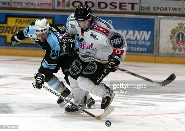Frankfurt; Frankfurt Lions - Hamburg Freezers; Rene ROETHKE/Freezers, Mikael MAGNUSSON/Lions
