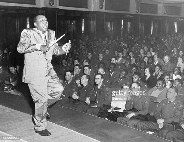 Frankfurt Germany It was a madhouse the crowd went wild while American Jazz Vibraphonist Lionel Hampton kept on playing the vibraphone and beating...
