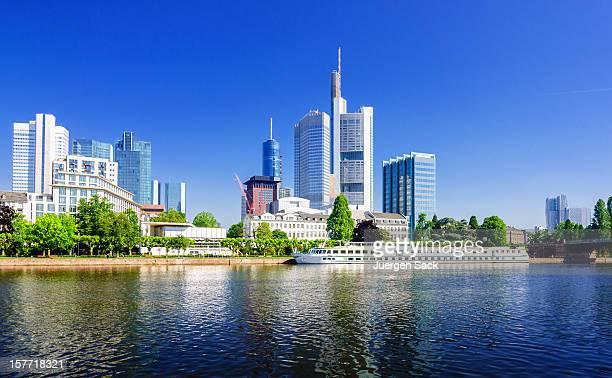 frankfurt panorama - frankfurt main stock pictures, royalty-free photos & images