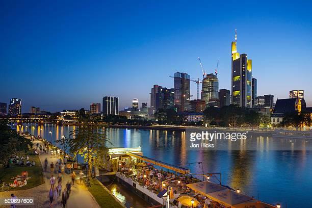 frankfurt skyline at dusk. - frankfurt main bildbanksfoton och bilder