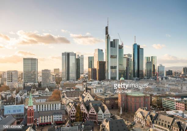 frankfurt skyline - frankfurt am main stock-fotos und bilder